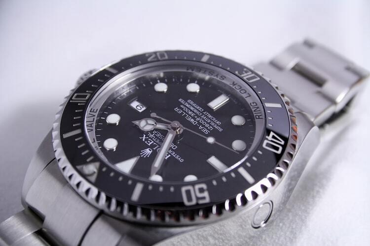 Waar let je op bij het kopen van een merk horloge?